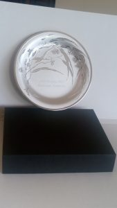 "Australian Corporate Gift - Don Sheil 8"" Metal Art Plate with Australiana Flowering Gum Design"