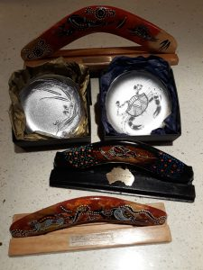 Australian-made corporate gifts that feature Aboriginal art are a specialty of Australia Gift Shop.